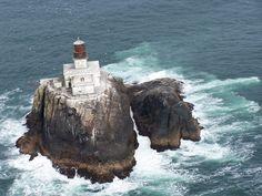 Tillamook Rock Lighthouse   (Oregon Coast)