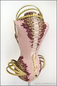 Arsenic in the shell — steampunktendencies: Corsetry