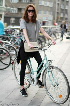 chic style bicycle, sneakers with dress, fashion outfits, sneakers look, outfit with sneakers, sneaker outfit, sneakers dresses, bicycle outfit