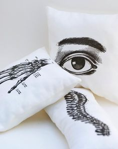 Anatomical Pillow Set