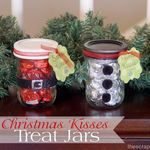 teacher gifts, jar gifts, gift ideas, christmas treats, hershey kisses, mason jars, diy christmas, christmas gifts, simple gifts
