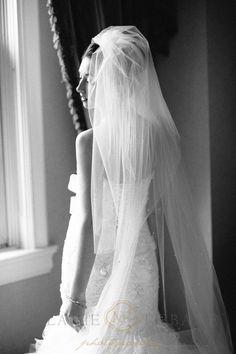 Sneak Peek – Ashleigh and Mark Wedding – Chateau Laurier