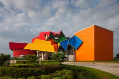 Biomuseo, a Frank Gehry-designed building in Panama City, houses a Smithsonian-affiliated museum celebrating diversity