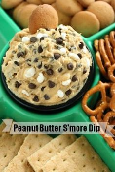 Can't wait to try this Peanut Butter S'mores Dip! #dessert #dip #recipes