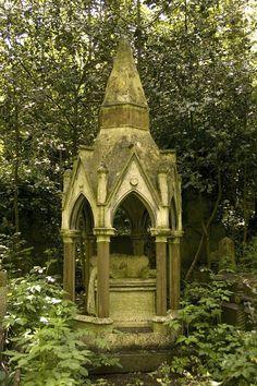 highgat cemeteri, highgate cemetery