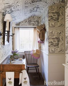 Toile All Over