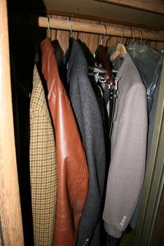 How to Turn a Spare Room Into a Walk-in Closet