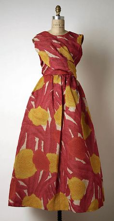 Dress, Evening  House of Givenchy  (French, founded 1952)  Designer: Attributed to Hubert de Givenchy (French, born Beauvais, 1927) Date: 1964–65 Culture: French Medium: silk