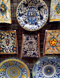 Ceramica di San Gimigniano by ANGELA.Clik.Flickr, via Flickr