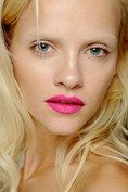 GILES - Vibrant fuchsia lips were the focus of the look.