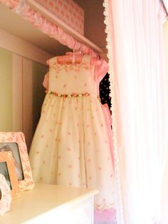 How cute is the clothing rod cover? So simple and dresses up a little girl's closet!