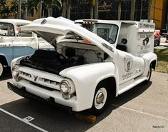 1953 Ford - Ice Cream Truck