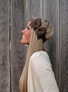 Want this head band and her hair!!!