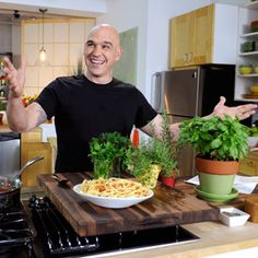 Michael Symon Tailgate Wings - the chew - ABC.com