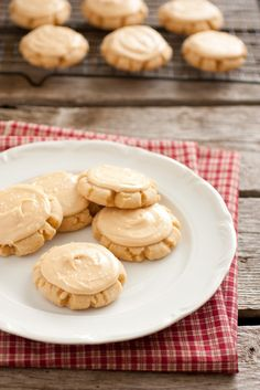 Browned Butter Crinkle Cookies with Salted Caramel Frosting