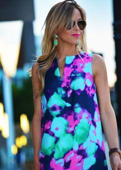 dress, colour pop outfit, fashion blogs, lip colors, grey, florals, print, bright colors, gold earrings