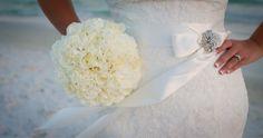 white flowers, bridal bouquets, wedding bouquets, bouquet white, beach weddings, bridesmaid bouquets