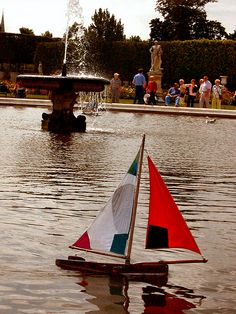 toy sailboats