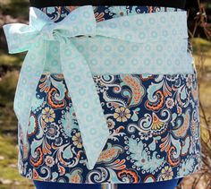 Utlity Apron for Vendors, Crafters, Event Planners, Professional Organizers