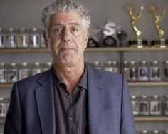Bourdain Wins Voices of Courage Award for Episode on Israel