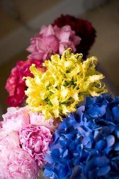 "Read: ""Mismatched Bridesmaid Bouquets?"" -  #bouquets #wedding"