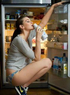 models, catteral cosmopolitan, milk, laura catterall, beauti, france, curv, cosmopolitan franc, black