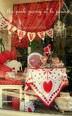 valentin display, valentine crafts, polka dots, valentine day crafts, window displays, display idea, store displays, display windows, heart designs
