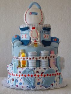 Definitely want to do a cute diaper cake.