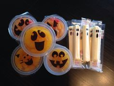 Here ya go Jen. and wrapped juice boxes with eyes to look like mummies to add to it!  Preschool Snack, healthy, fruit cups, cheese sticks, Halloween, Fall
