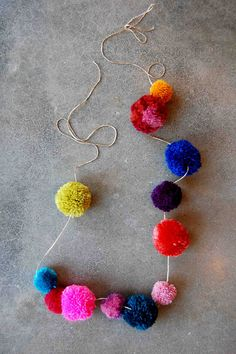 Pom Pom Necklace DIY