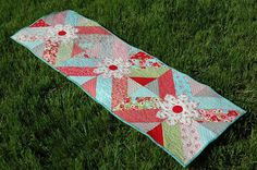 ! Sew we quilt: It's a month of runners and LOOK at what Amanda Bl...