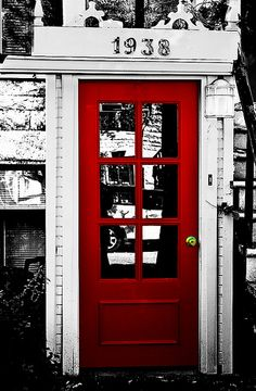 what can be better than a red door?