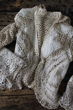 sweater, fashion, style, cloth, vintage lace, crochet vest, jackets, ana rosa, crochet doilies