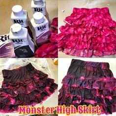 Monster High Skirt | Rit Fabric Dye Clothing Dyeing. Make a replica of your monster high doll fashions using a ruffled skirt and rit dye. #RitDye #lisakettell #monsterhigh