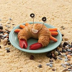 Creative way to make yummy beach food as a crab.  This makes me think of Frosty Frog's chicken salad and yummy cheese spread!