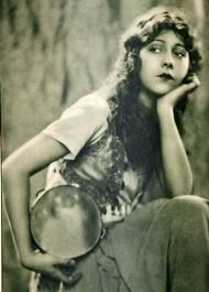 Esmeralda in the 1923 version of the hunchback of notre dame.