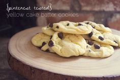 Yellow Cake Batter Cookies via Mama Mandolin