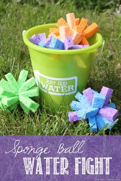 sponge ball water fight - outdoor summer fun with kids