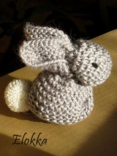 Free knitted pattern - this bunny is formed by cleverly sewing up and stuffing a knitted square. Any yarn can be used, simply choose needles that give a pleasing fabric that will hold the stuffing in. The size of the bunny is determined by the size of the knitted square.  {will try with crochet squares}