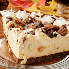 This Pecan Nut Crust Incredible Turtle Pie Recipe Is Very tasty and very rich, completely delicious.