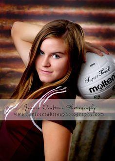Volleyball portrait senior pic poses, senior pictures, photography portraits, senior photography, photography poses, sport, senior pics, senior portraits, picture poses