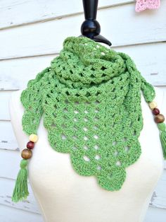 Crochet Triangle Scarf in Green Boho Gypsy Style