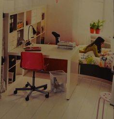 Chambre de fille on pinterest horse head horse - Bureau de chambre ikea ...