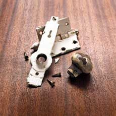 """Remove old paint from hardware """"all naturally""""."""