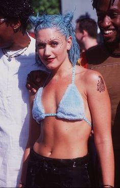 90's Gwen