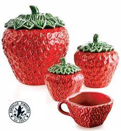 Faianças Rafael Bordallo Pinheiro, Strawberry Tea Service, Portuguese Brand