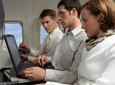 Tips on How to travel like a Tech-savvy geek - copyright ZensibleMama.com - Please repin with attribution