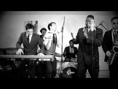 ▶ A Motown Tribute to Nickelback - YouTube