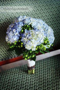 bridal bouquet, hydrangea bouquet