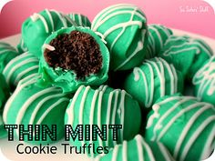 These Thin Mint Cookie Truffles are perfect for your St. Patrick's Day festivities! #sixsistersstuff